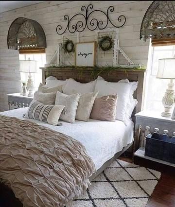 Beautiful Modern Farmhouse Master Bedroom Decoration Ideas 01