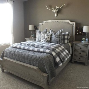 Beautiful Modern Farmhouse Master Bedroom Decoration Ideas 08