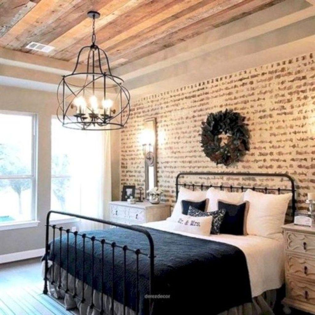 Beautiful Modern Farmhouse Master Bedroom Decoration Ideas 18