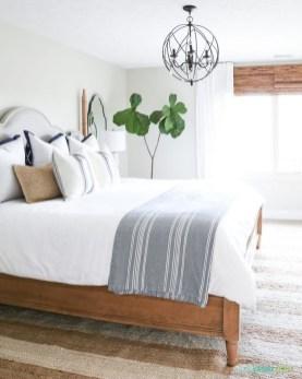 Beautiful Modern Farmhouse Master Bedroom Decoration Ideas 26