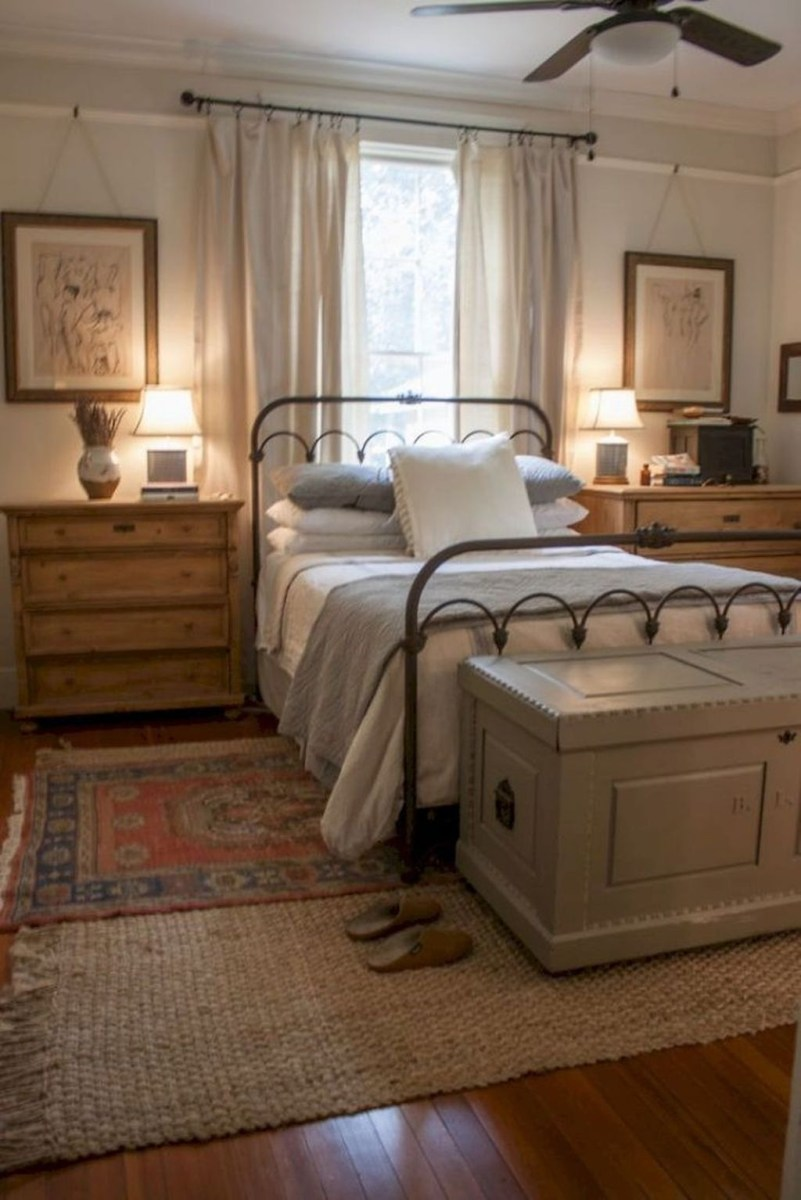 Beautiful Modern Farmhouse Master Bedroom Decoration Ideas 34