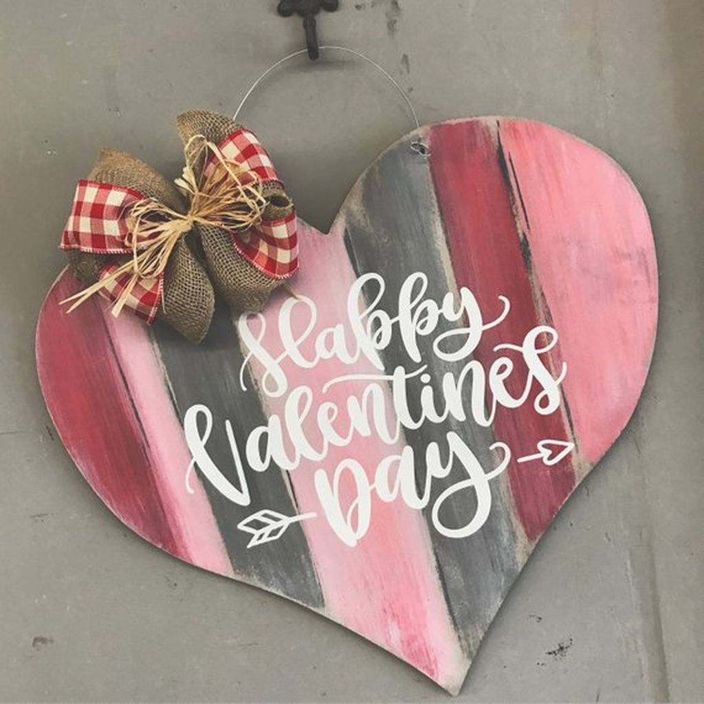 Beautiful Valentine Interior Decor Ideas To Make Him Amazed 36