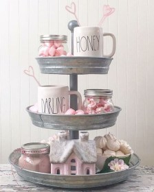 Cute Farmhouse Style Valentine Decorations 04