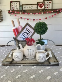 Cute Farmhouse Style Valentine Decorations 31