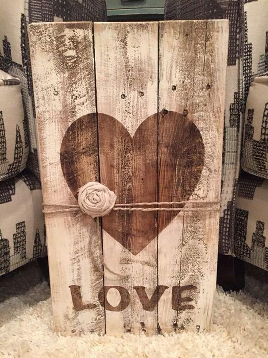 Cute Farmhouse Style Valentine Decorations 33