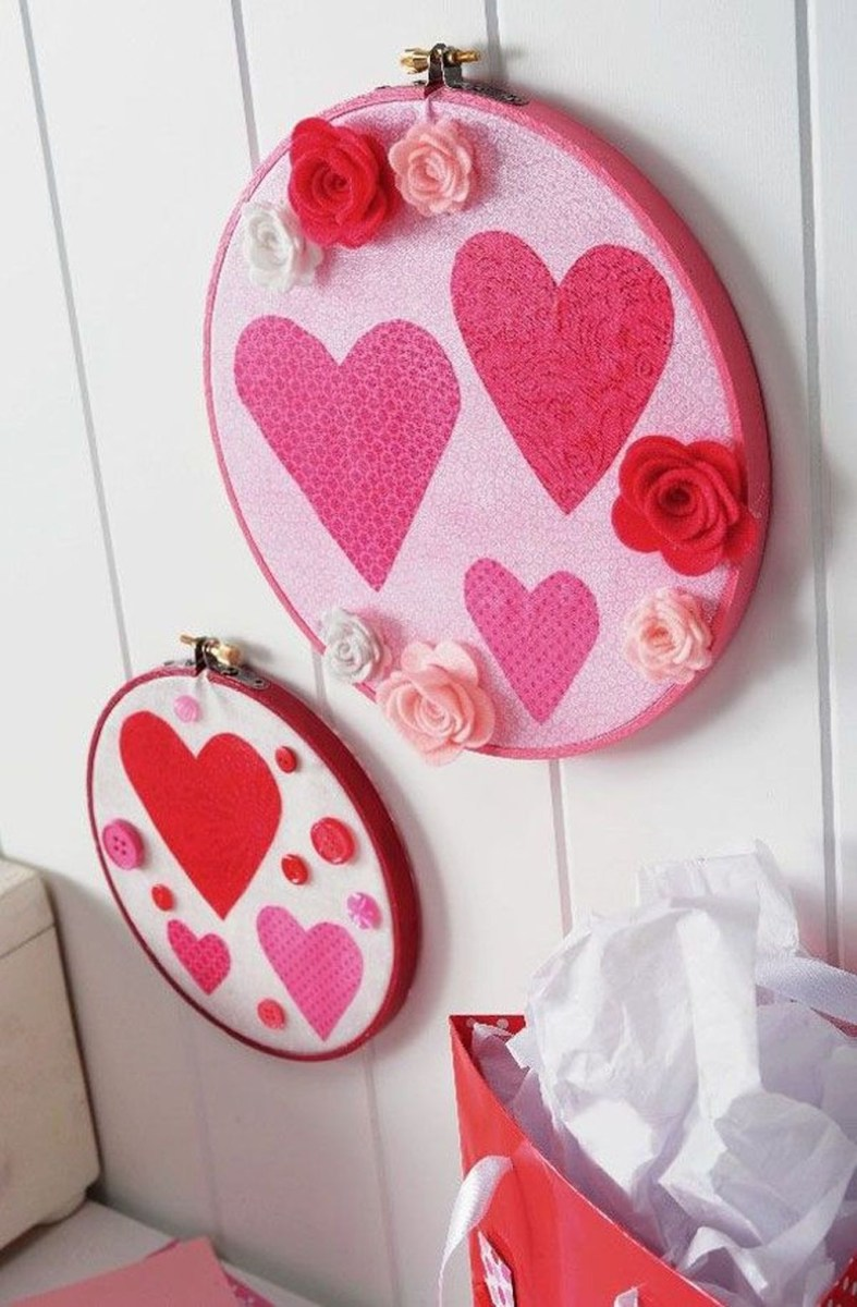 Cute Valentine Wall Art Design Ideas 22
