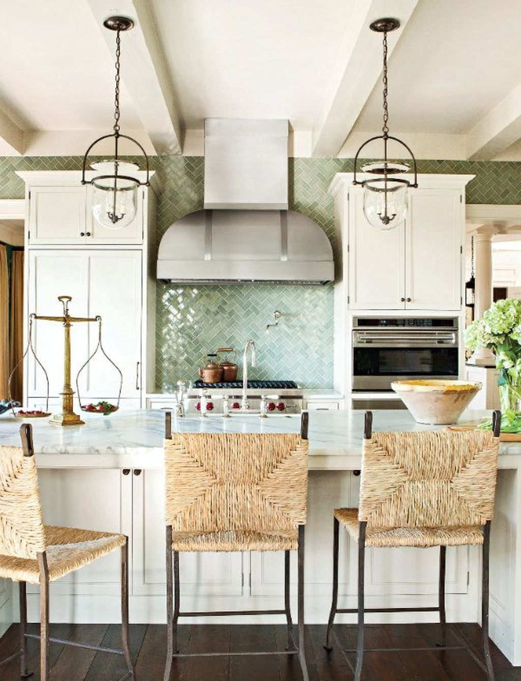 Gorgeous Coastal Kitchen Design Ideas 22