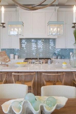 Gorgeous Coastal Kitchen Design Ideas 25