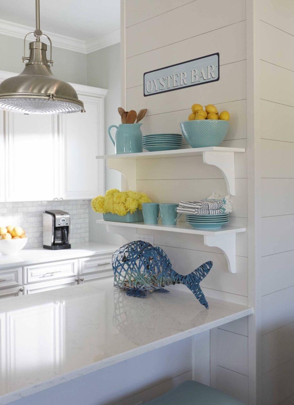 Gorgeous Coastal Kitchen Design Ideas 46