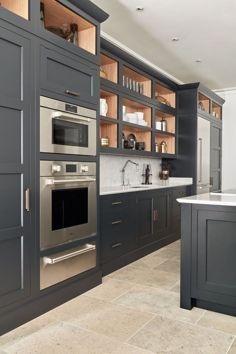 Inspiring Dark Grey Kitchen Design Ideas 13