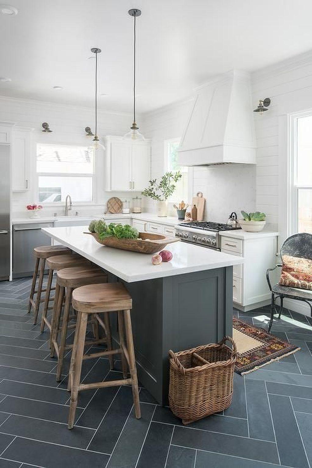 Inspiring Dark Grey Kitchen Design Ideas 20
