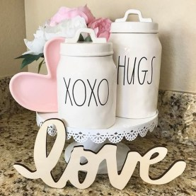 Lovely Valentine Home Decor Ideas For Couples 02