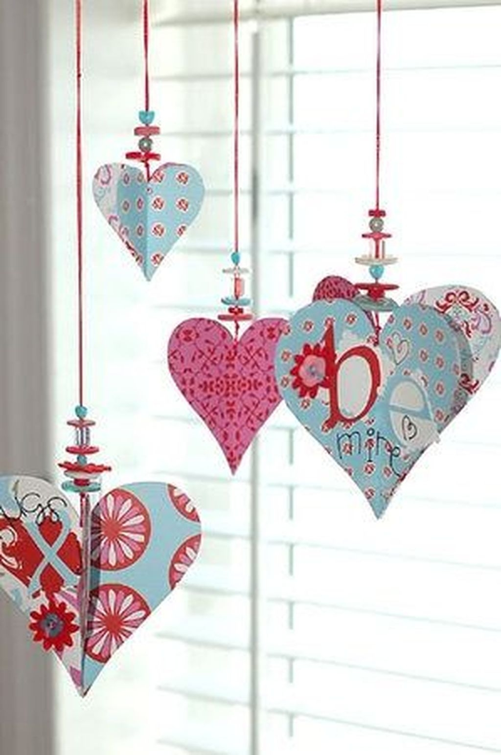 Lovely Valentine Home Decor Ideas For Couples 23