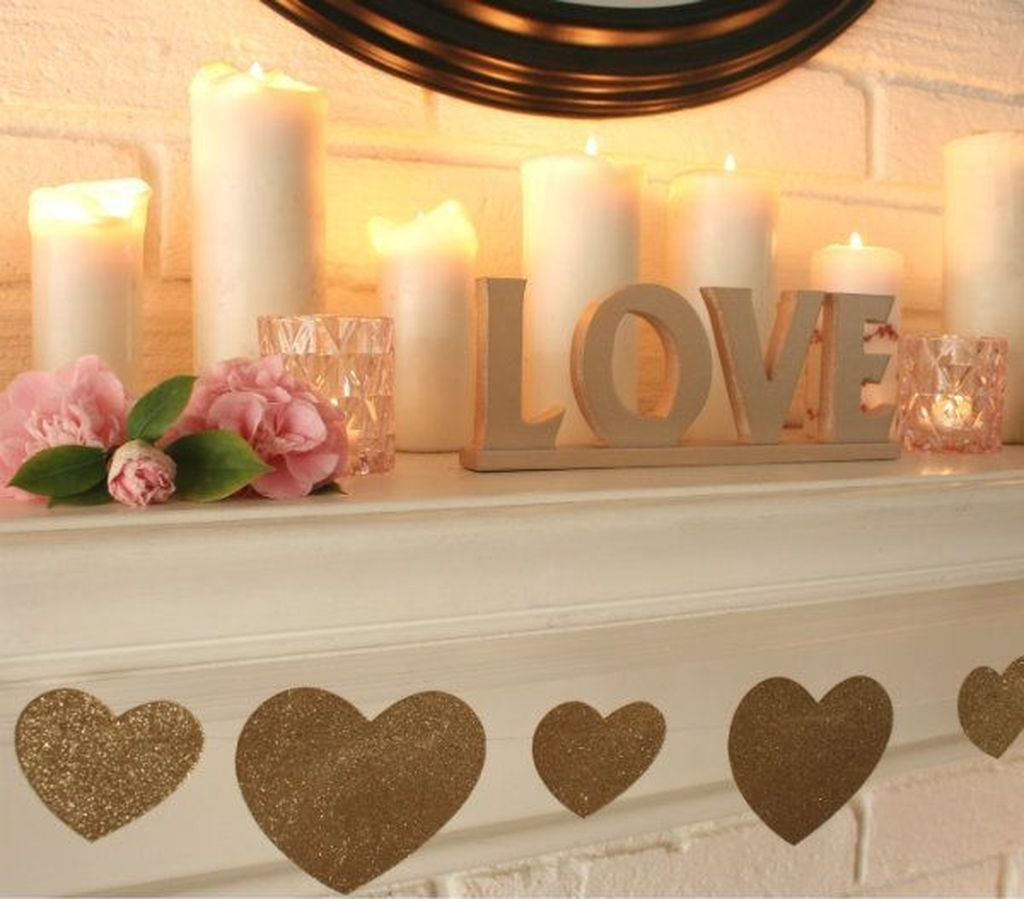 Lovely Valentine Home Decor Ideas For Couples 26