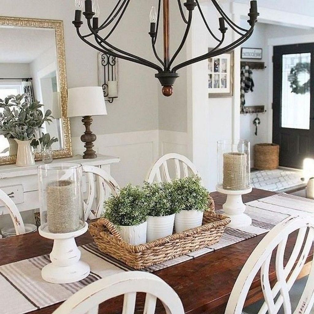 Popular Farmhouse Dining Room Design Ideas Trend 2019 31