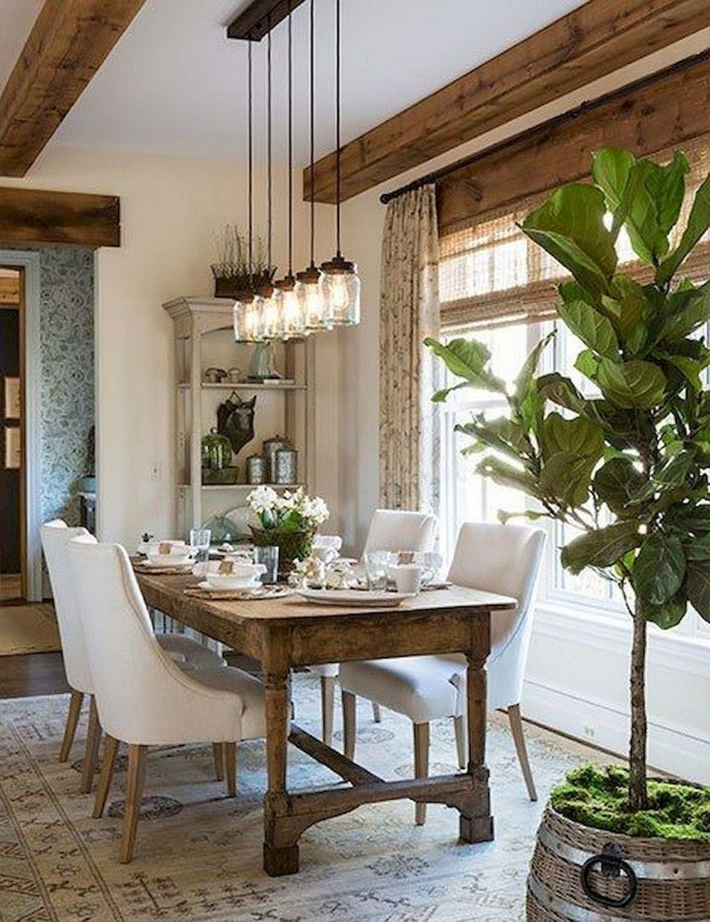 Popular Farmhouse Dining Room Design Ideas Trend 2019 35