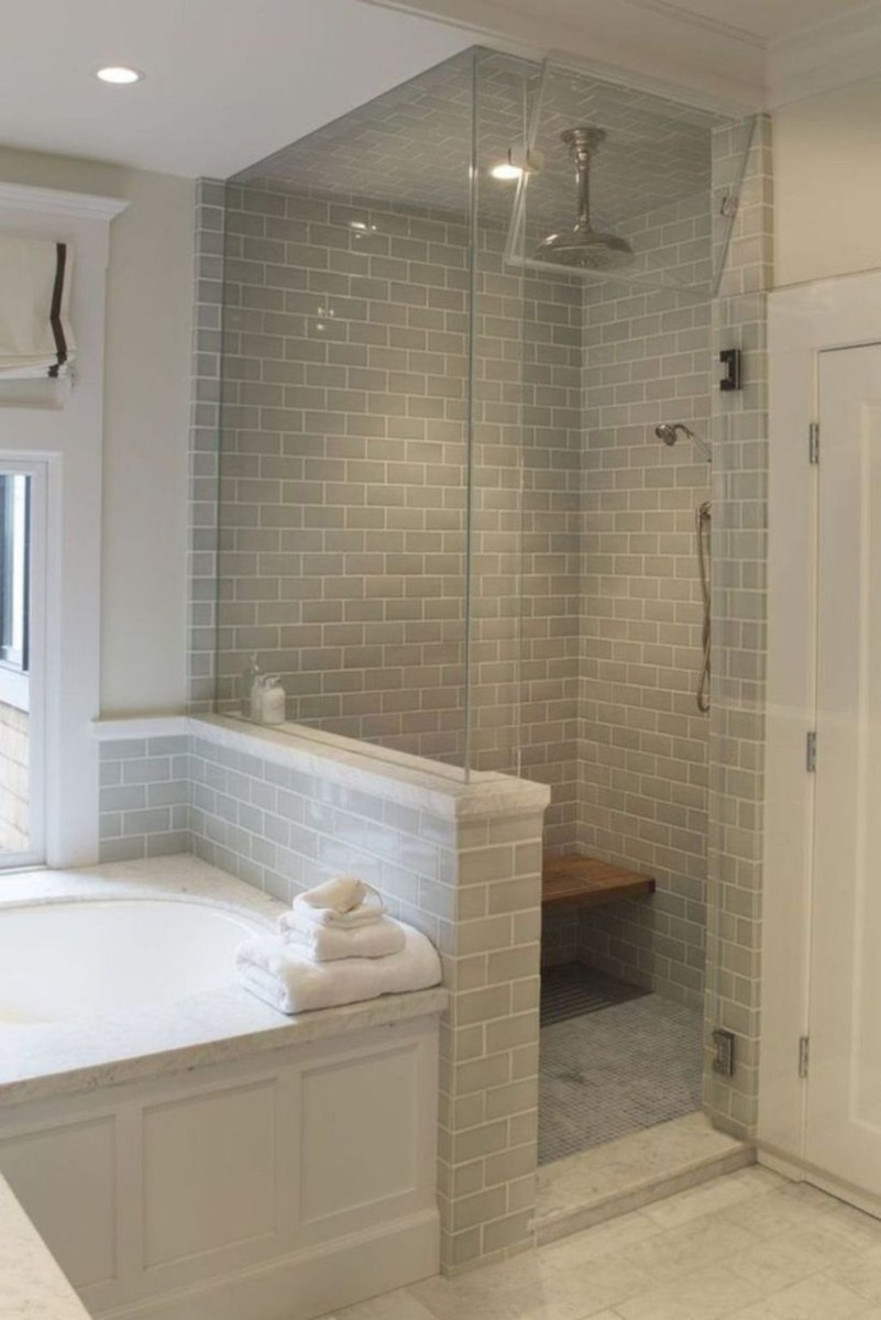 Popular Small Bathroom Remodel Ideas 28