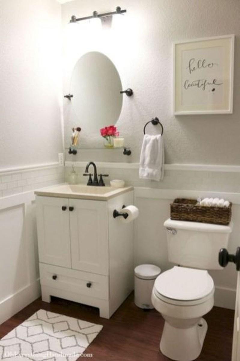 Popular Small Bathroom Remodel Ideas 36