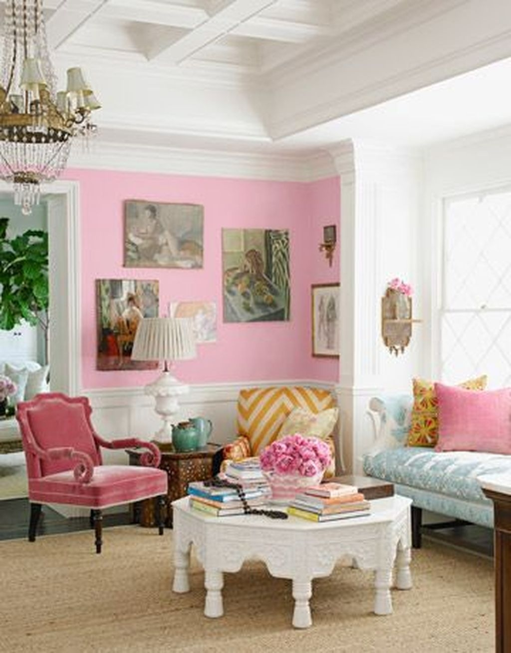 Romantic Living Room Decor With Valentine Themes 40