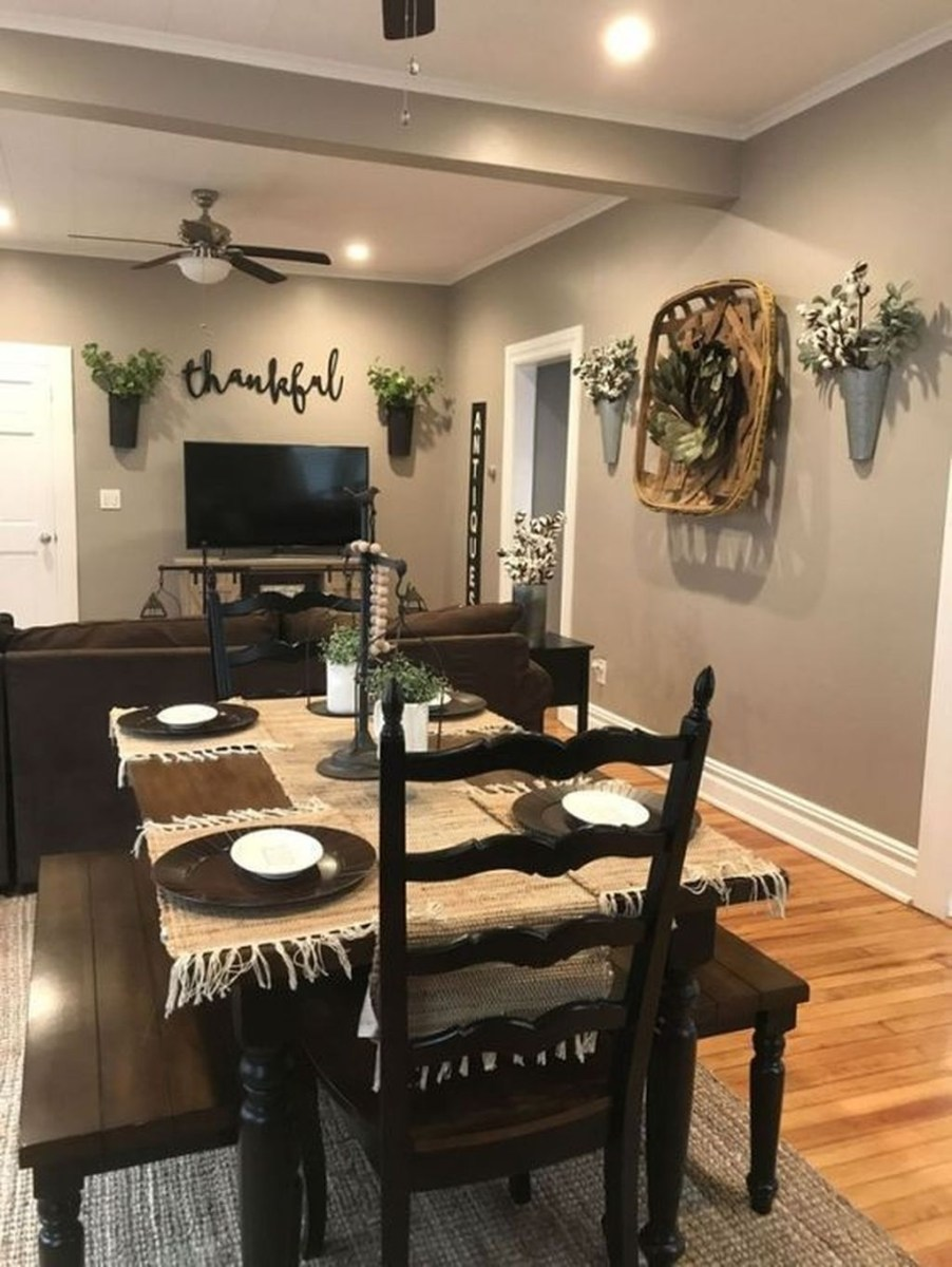 Stunning Farmhouse Dining Room Decoration Ideas 04