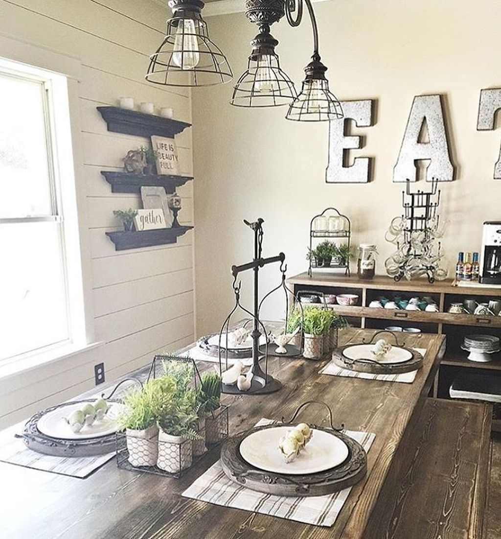 Stunning Farmhouse Dining Room Decoration Ideas 12
