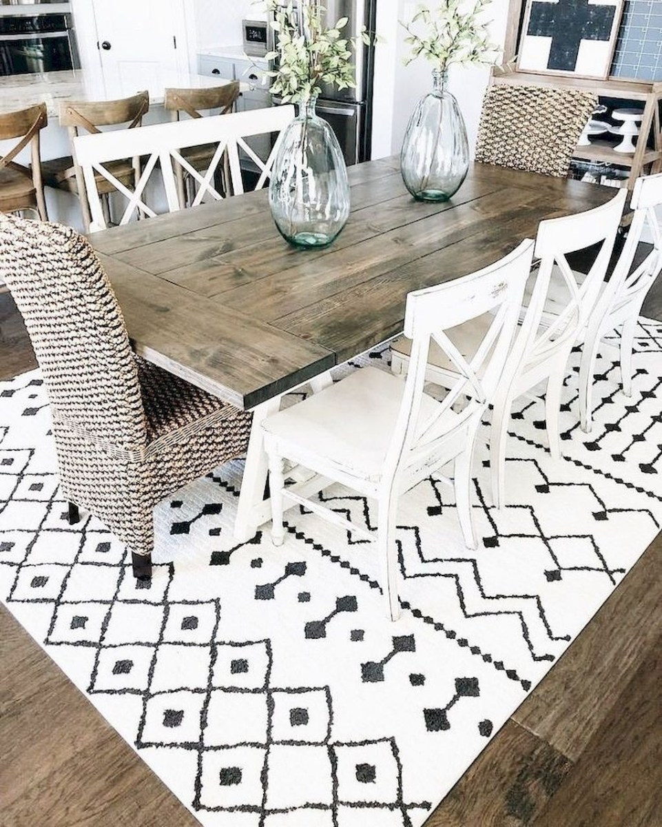 Stunning Farmhouse Dining Room Decoration Ideas 36