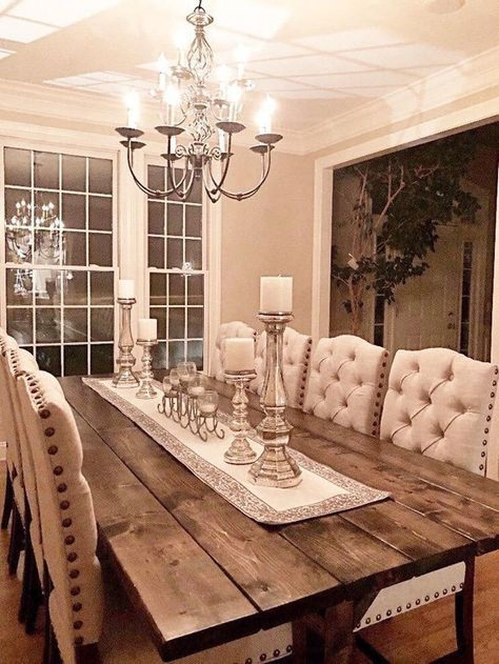Stunning Farmhouse Dining Room Decoration Ideas 38