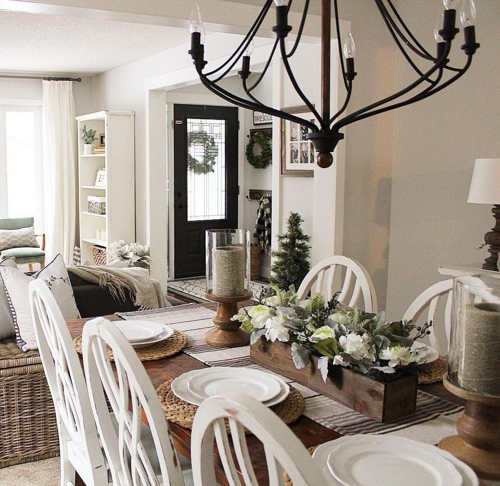 Stunning Farmhouse Dining Room Decoration Ideas 42