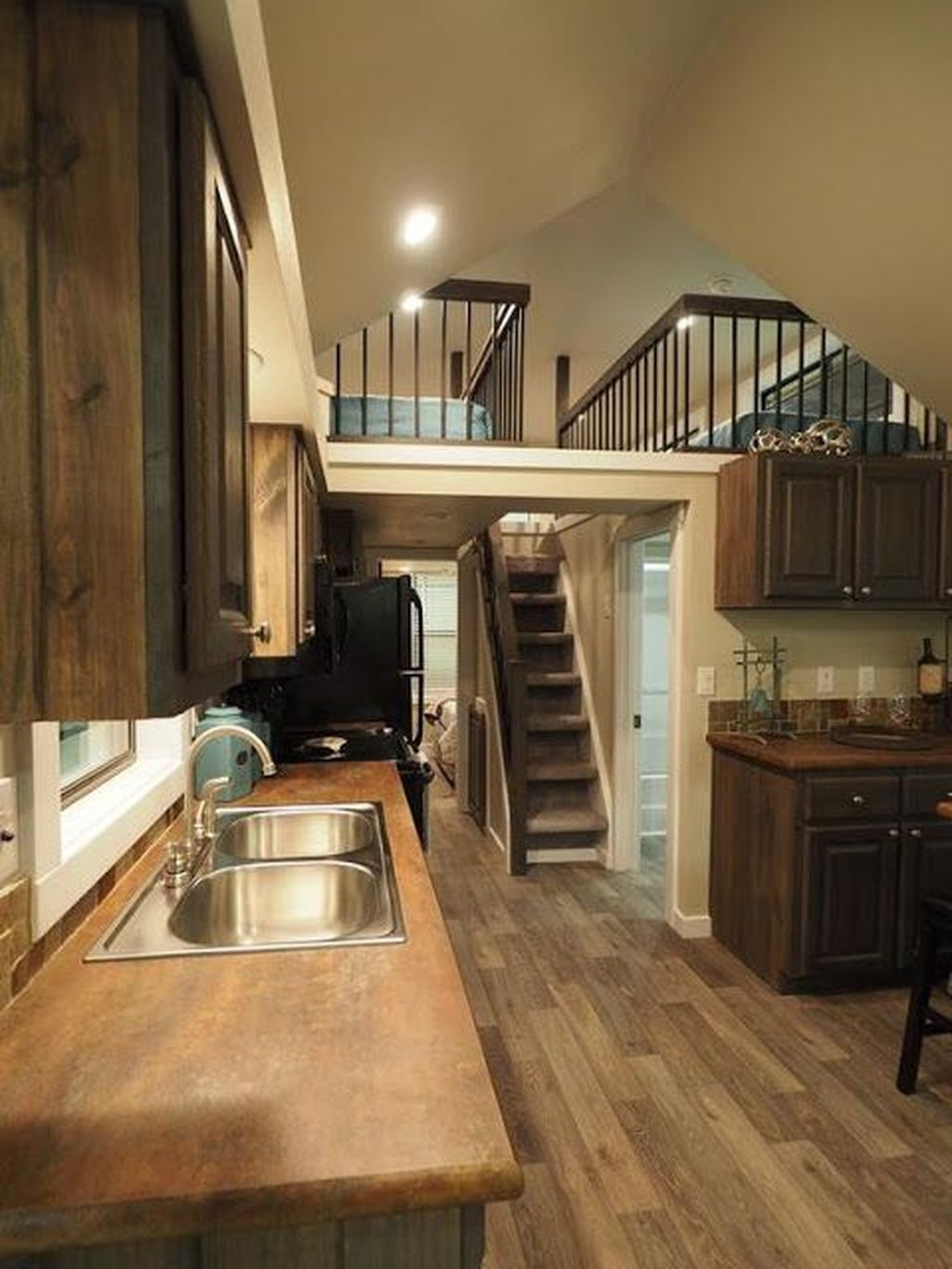 Stunning Tiny House Design Ideas 11