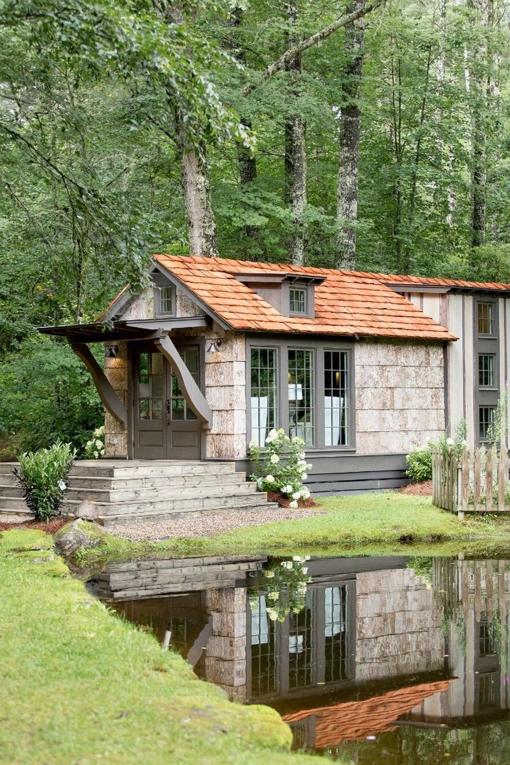 Stunning Tiny House Design Ideas 12