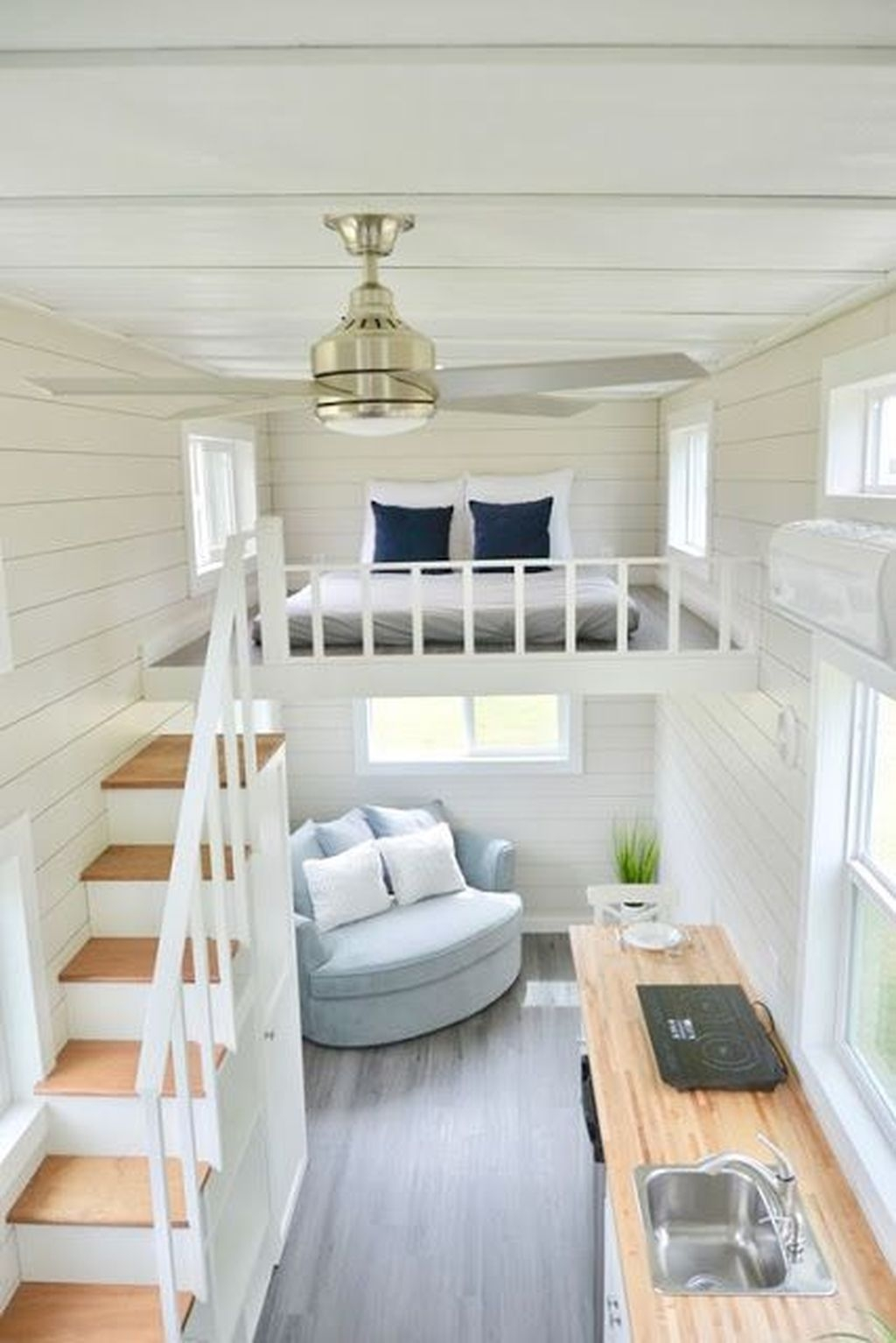 Stunning Tiny House Design Ideas 36