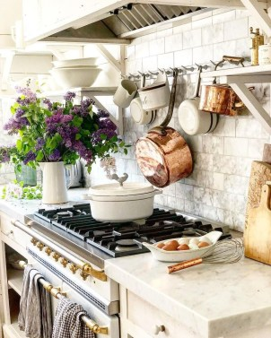 The Best French Country Style Kitchen Decor Ideas 16