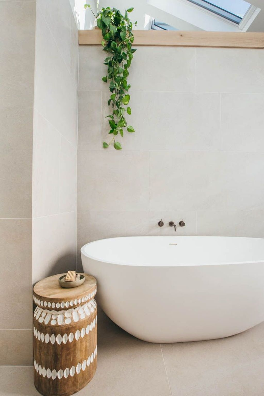 The Best Ideas To Creating Cozy Minimalist Bathroom 24