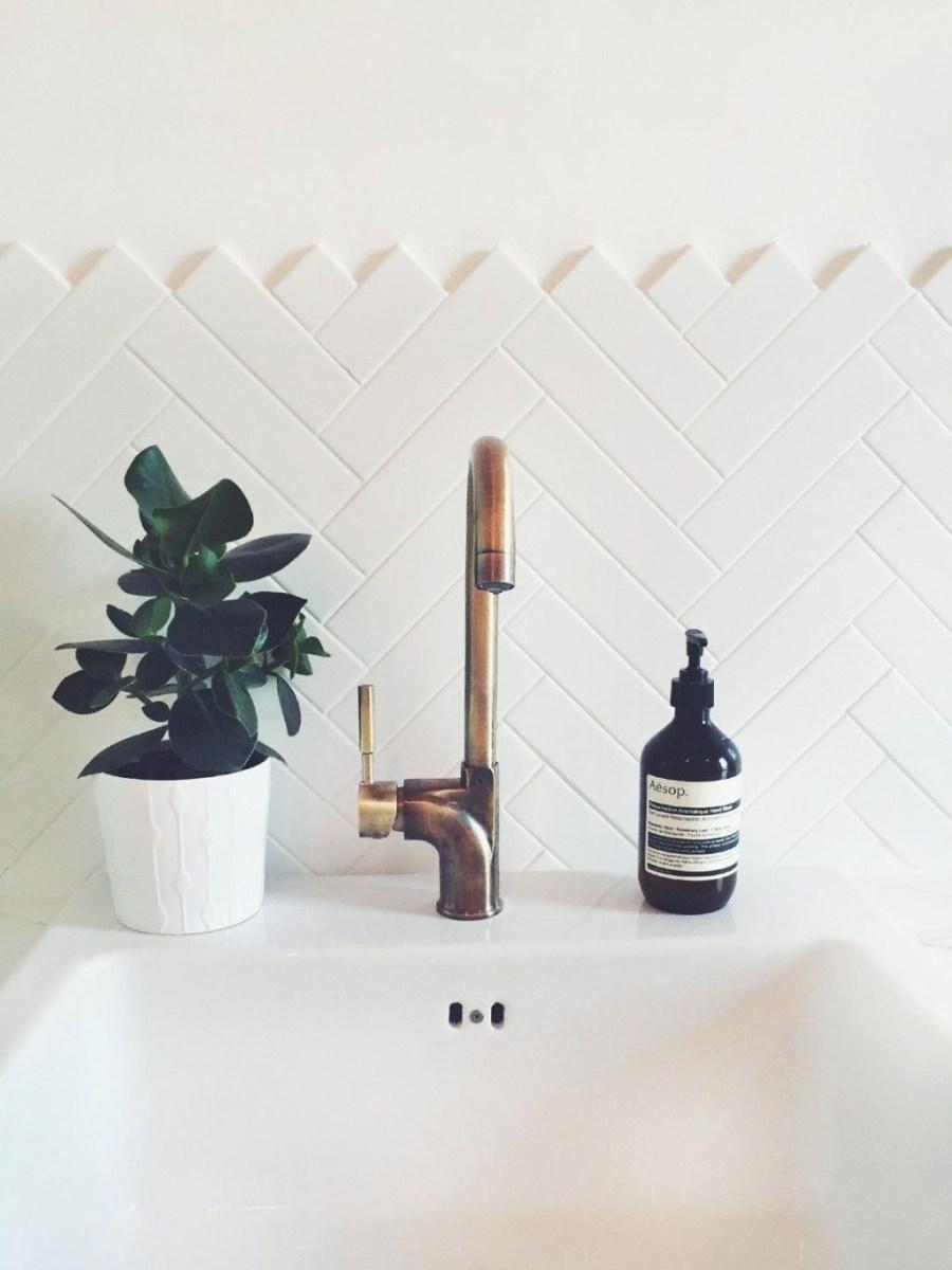The Best Ideas To Creating Cozy Minimalist Bathroom 29