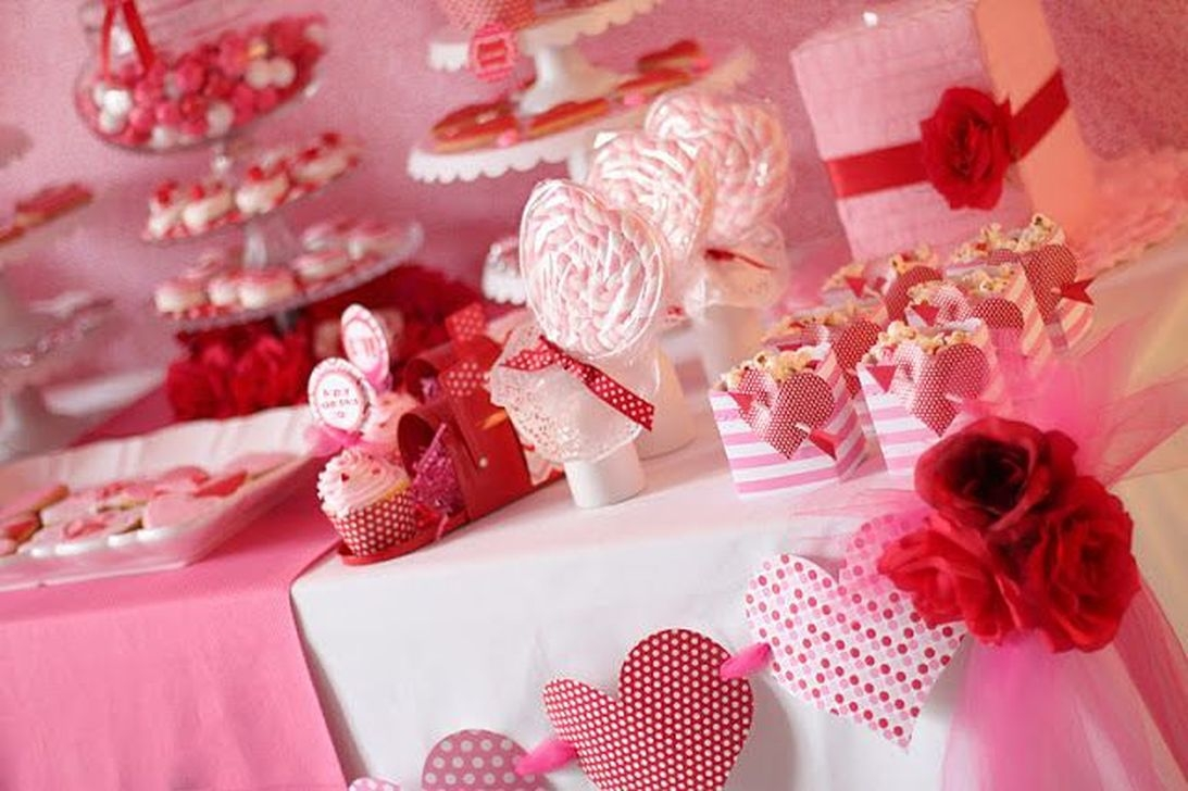 The Best Valentines Day Party Decor 05