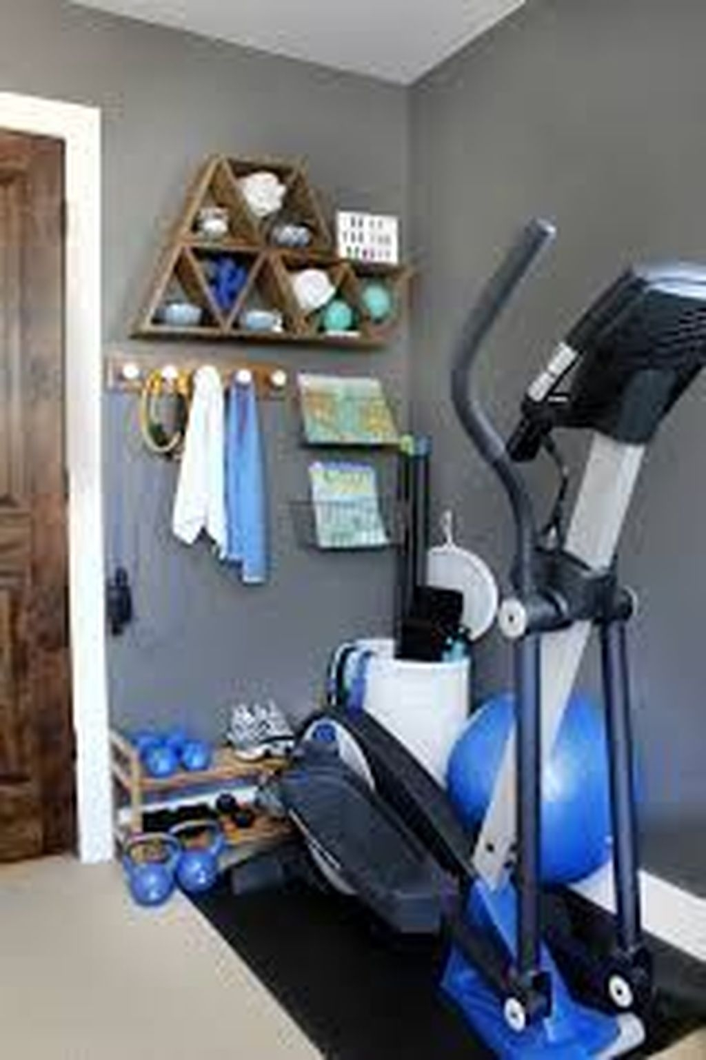 Amazing Home Gym Room Design Ideas 12
