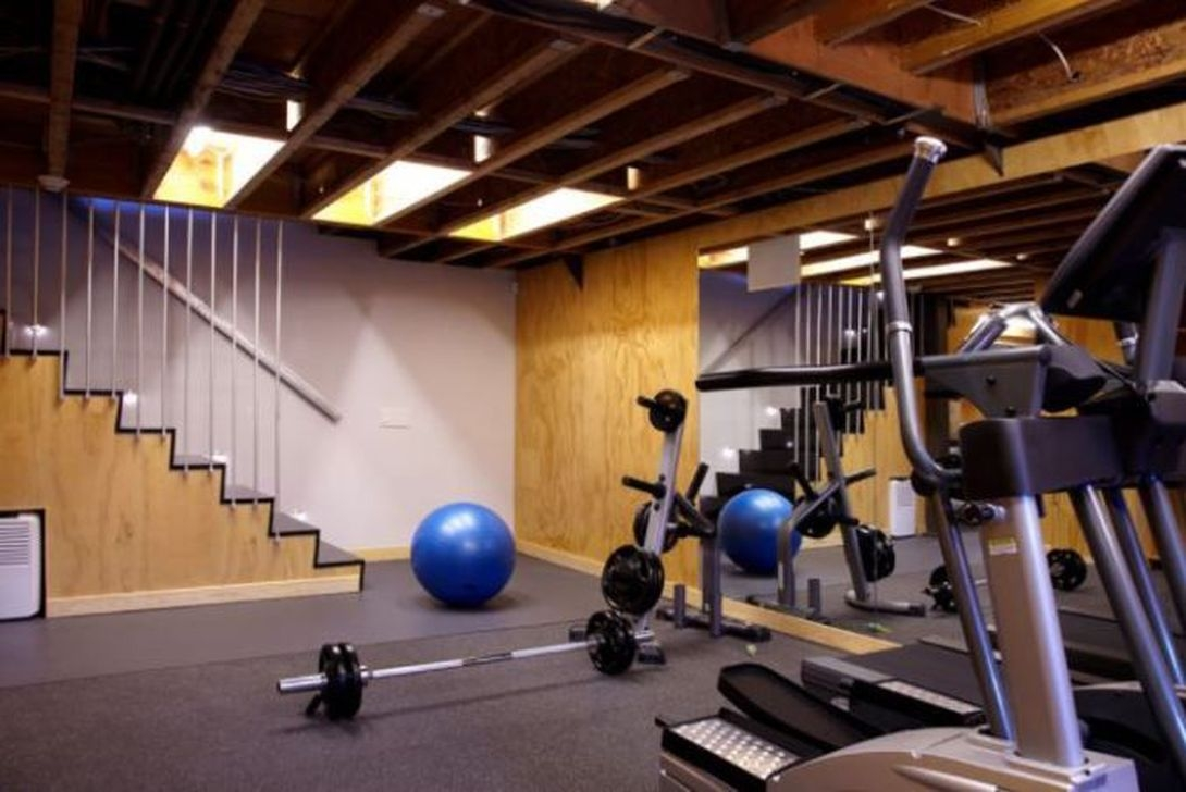 Amazing Home Gym Room Design Ideas 22