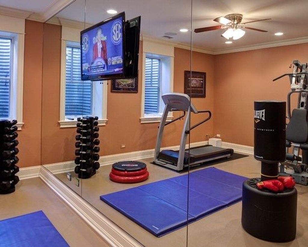 Amazing Home Gym Room Design Ideas 36