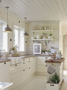 Totally Inspiring Small Kitchen Design Ideas For Your Small Home 01
