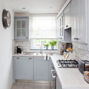Totally Inspiring Small Kitchen Design Ideas For Your Small Home 18