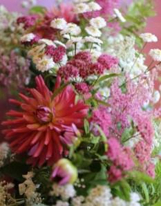Beautiful Flower Garden Design Ideas 04