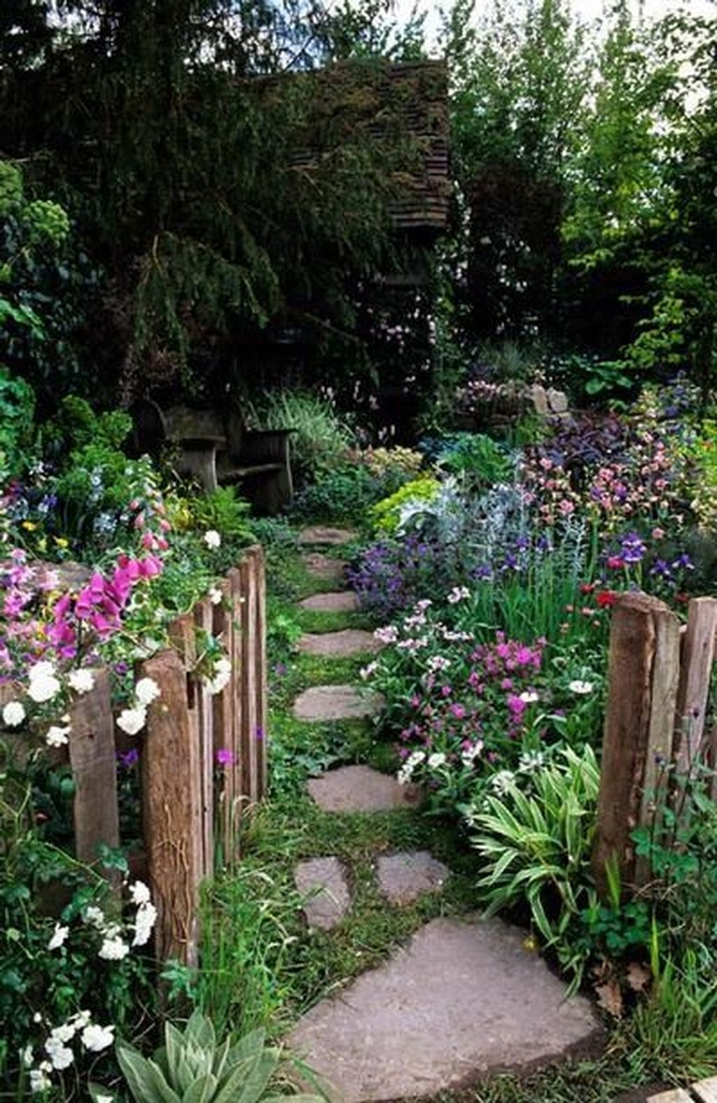 Beautiful Flower Garden Design Ideas 11