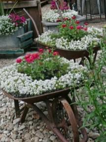 Beautiful Flower Garden Design Ideas 28