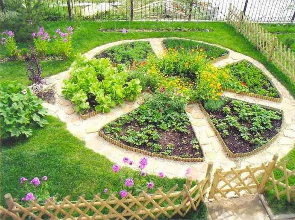 Beautiful Flower Garden Design Ideas 33