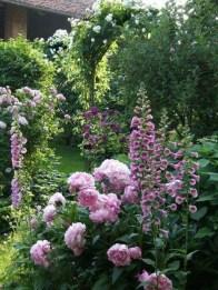 Beautiful Flower Garden Design Ideas 38