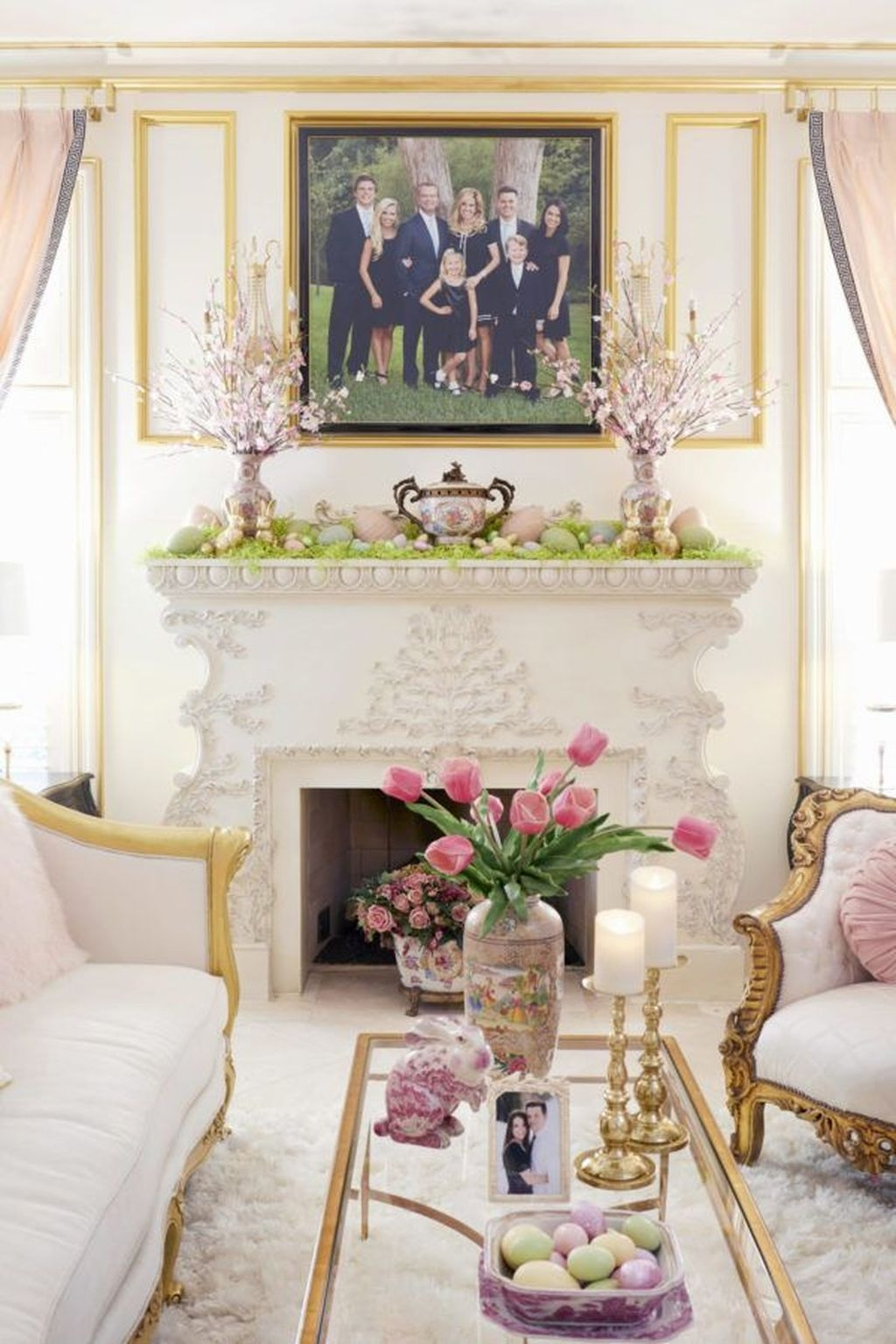 Lovely Easter Living Room Decor Ideas 02