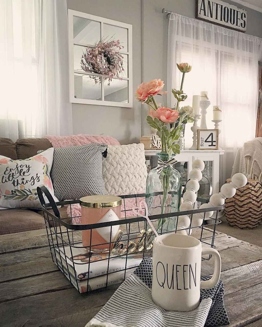 Lovely Easter Living Room Decor Ideas 07