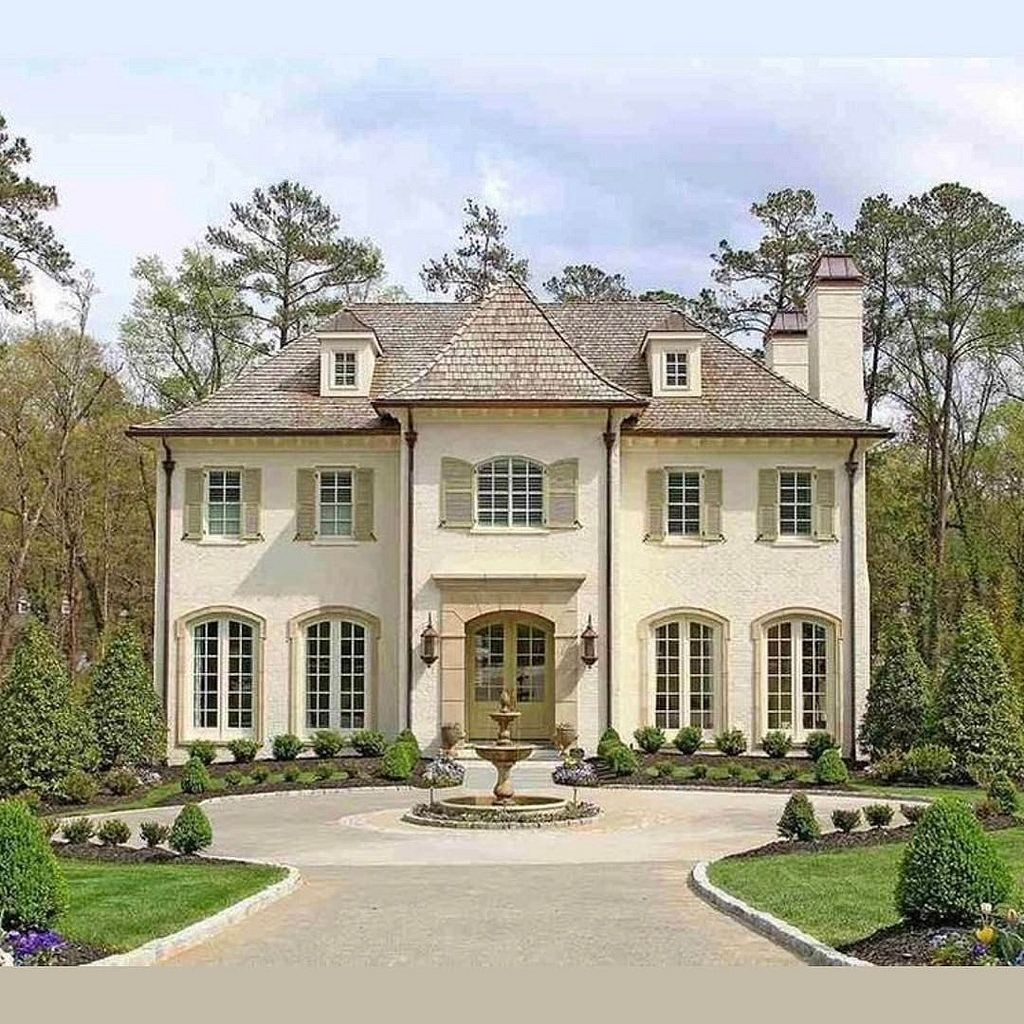 Stylish French Country Exterior For Your Home Design Inspiration 14