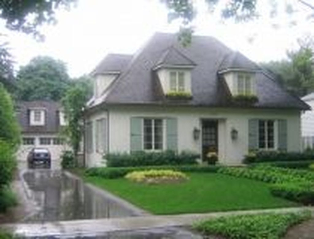 Stylish French Country Exterior For Your Home Design Inspiration 39