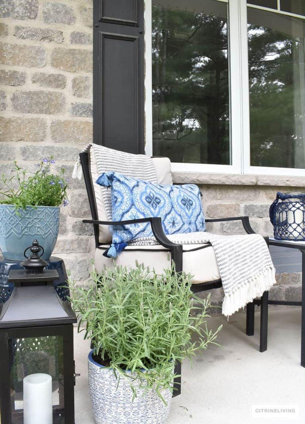 The Best Spring Porch Decoration Ideas 05